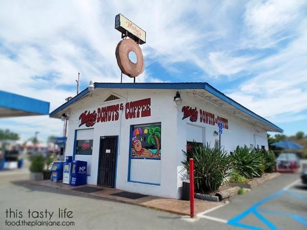 marys-donuts-santee