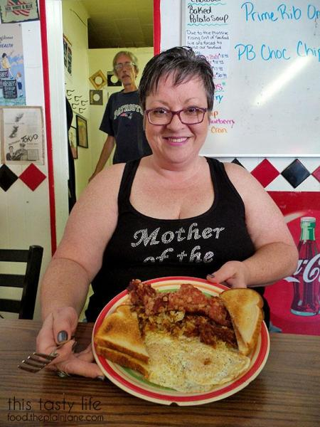 joyces-breakfast-corned-beef-hash