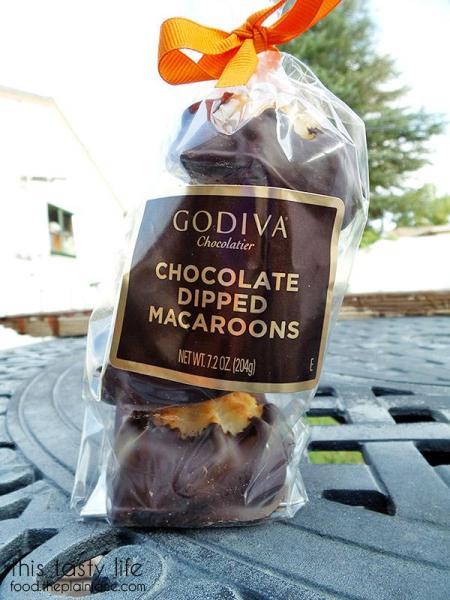 godiva-macaroons