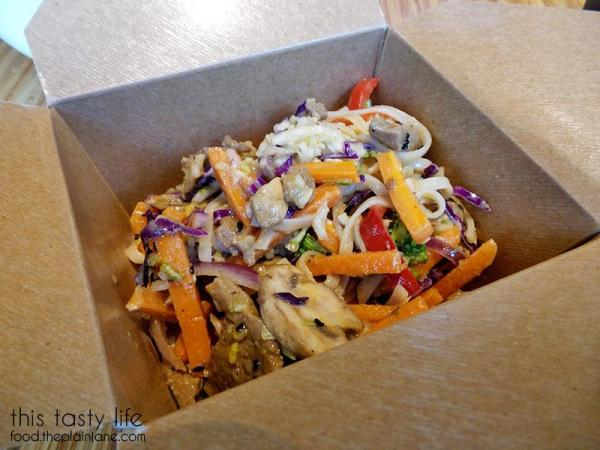 noodles-co-coconut-curry-leftovers