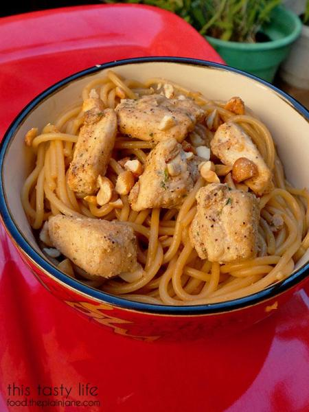 sesame-noodles-with-chicken