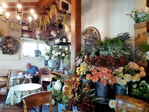 thyme-in-the-ranch-interior2