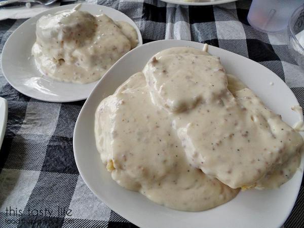 Biscuits and Gravy - Suzy Q's Diner - Escondido, CA