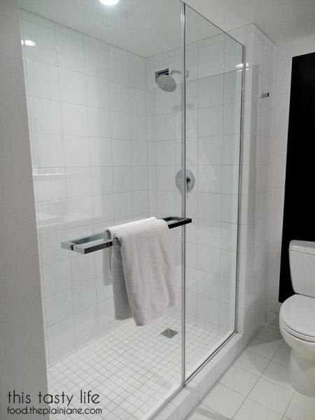 shower-rainhead