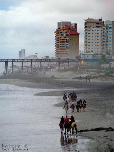 riding-horses-on-the-beach