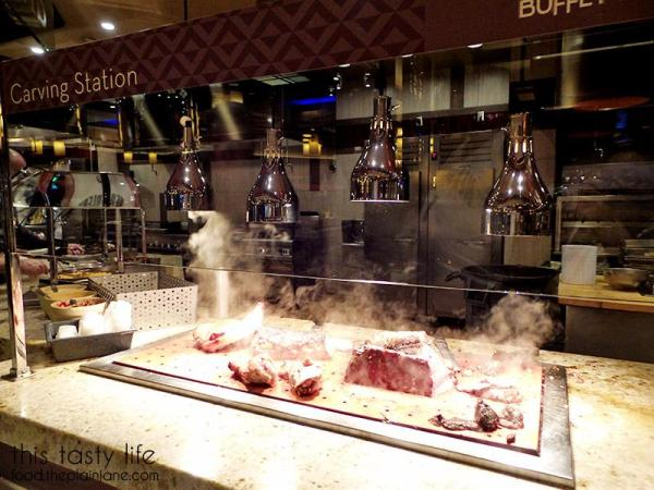 Carving Station | The Buffet at Harrah's Rincon Casino