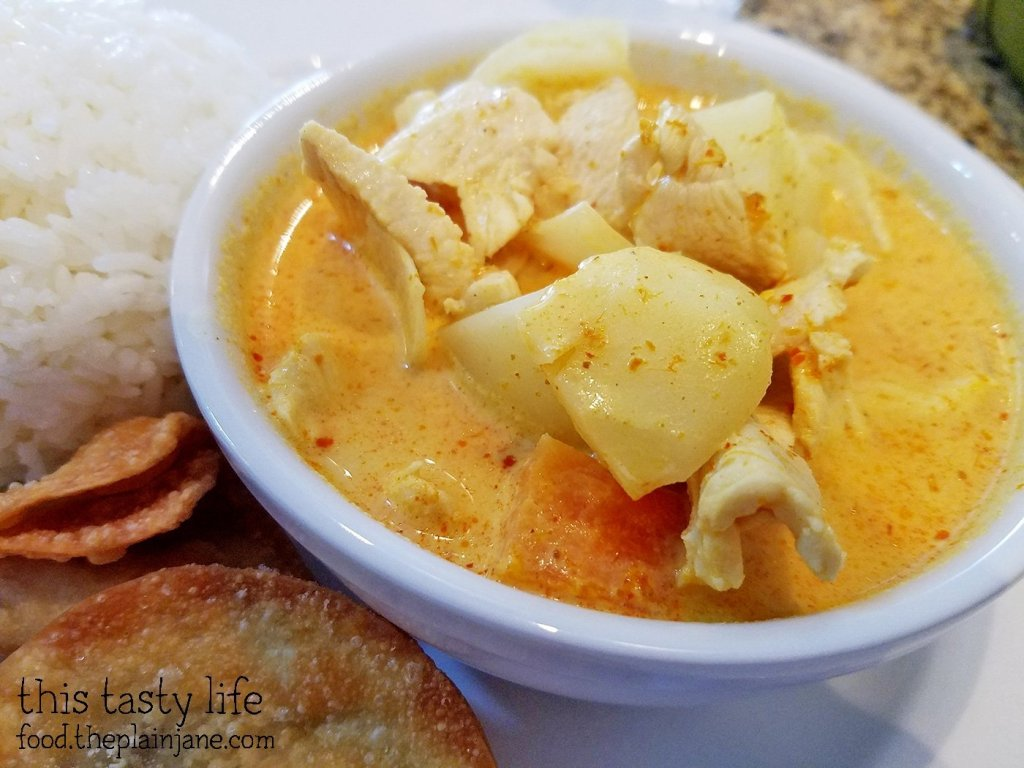 yellow-curry-lunch-specials