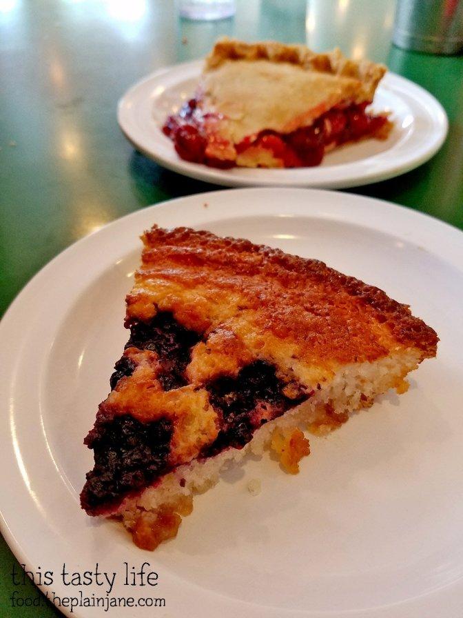 huckleberry-cobbler-cherry-pie