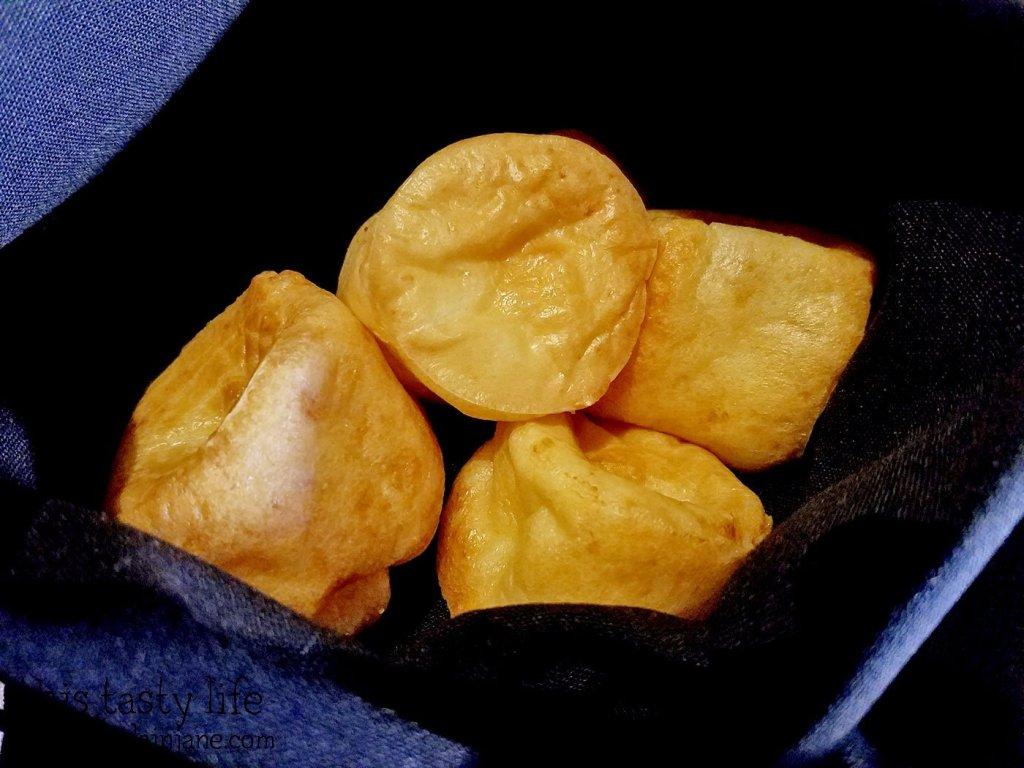 brazilian-cheese-bread-basket