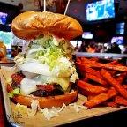 Nicky Rottens Bar & Burger Joint / Coronado