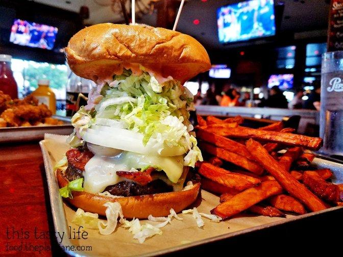 Bacavo Burger at Nicky Rottens Coronado