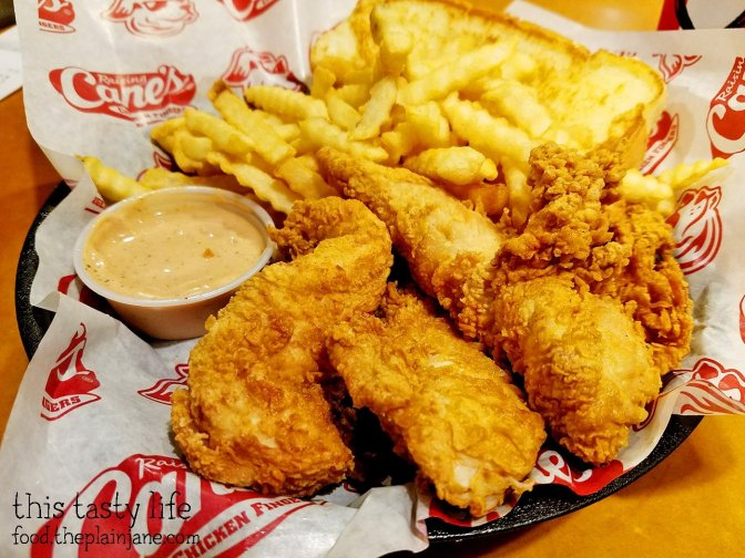 Box Combo at Raising Cane's Chicken Fingers
