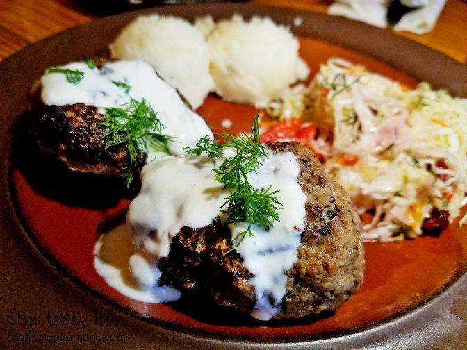 Meatballs - Kafe Sobaka Restoran Pomegranate - San Diego, CA