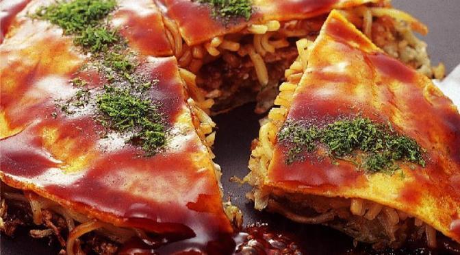 広島でお好み焼きならお好み村の「桃太郎」がおすすめ。お好み焼きみっちゃんが人気だけど、お好み村もいいよ。