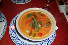 Gaeng Pet Ped Yang(Roasted Duck Curry)