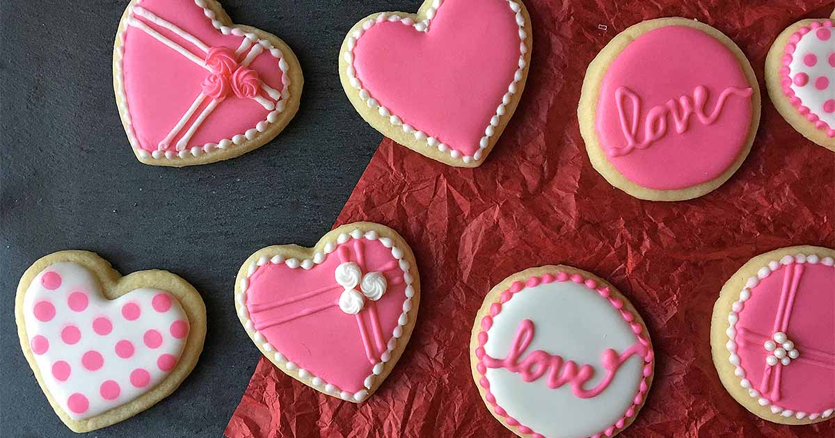 The Cutest Cookie Decorating Tips For Valentines Day Foodal
