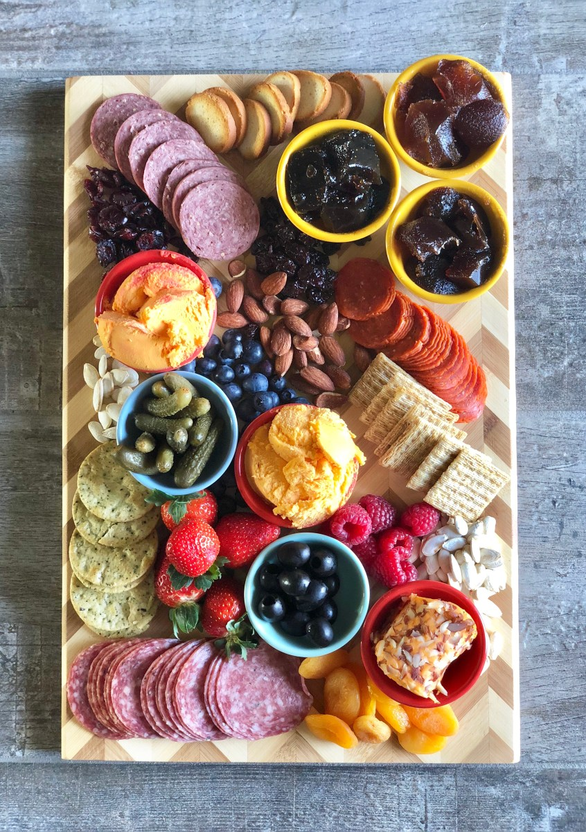 How to Make a Charcuterie & Cheese Board with Recipe for Fruit & Cheese Pairings
