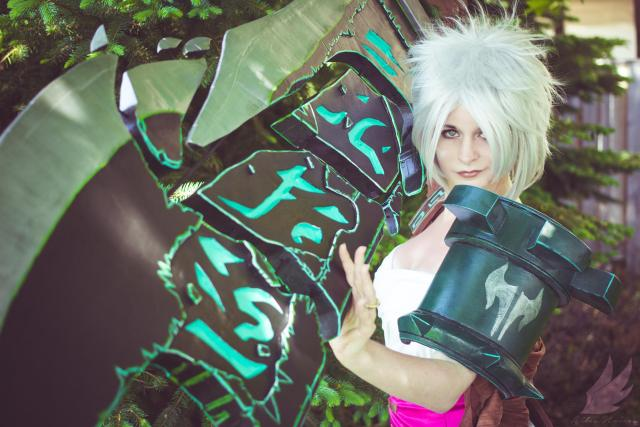 Photo by Ailes Noires Cosplay Photography