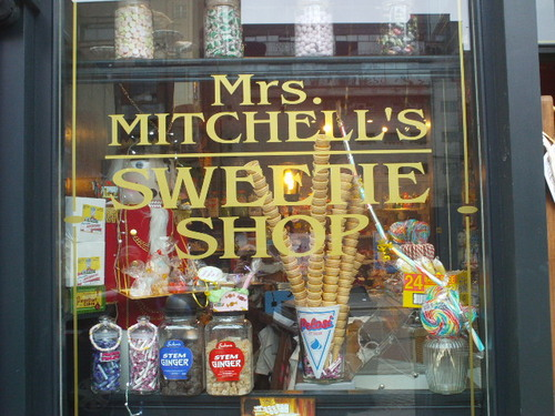 Five Of The Best Traditional Sweet Shops In Glasgow And