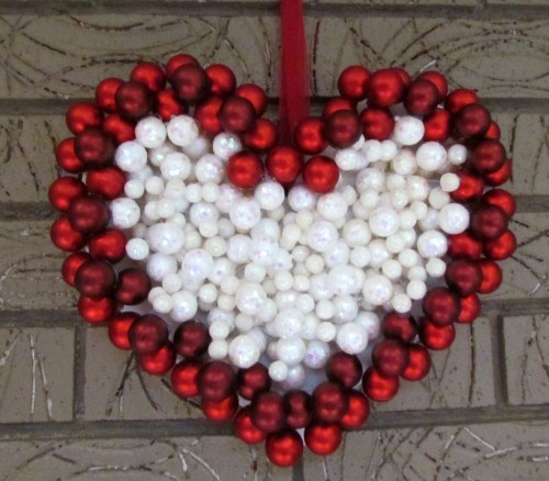 DIY Valentine's Day Ornament Wreath