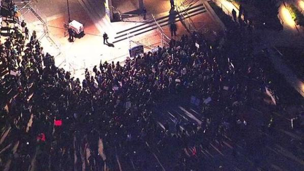 VIOLENT PROTESTS FORCE CANCELATION OF YIANNOPOULOS APPEARANCE AT BERKELEY -- WATCH LIVE