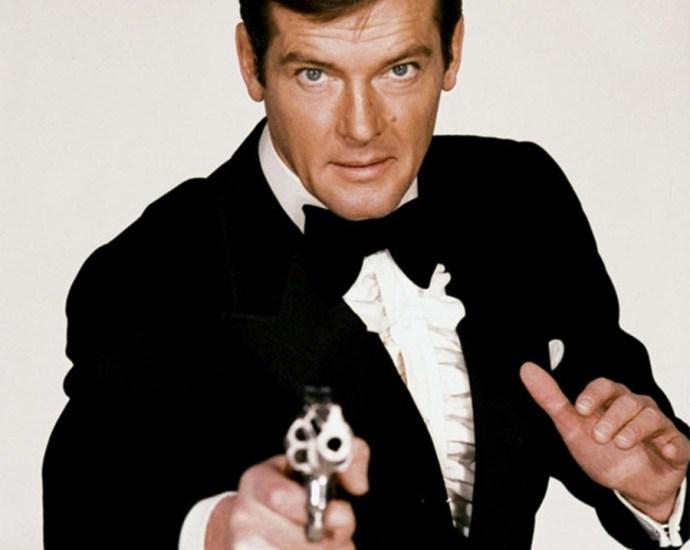 Sir Roger Moore '007' Actor Dies At Age 89