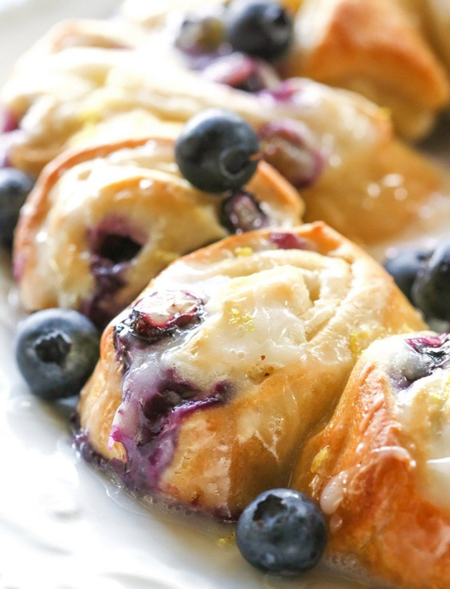 Blueberry Lemon Crescent Ring