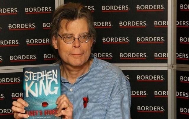 Stephen King On Twitter; Reveals He's Blocked By President Trump