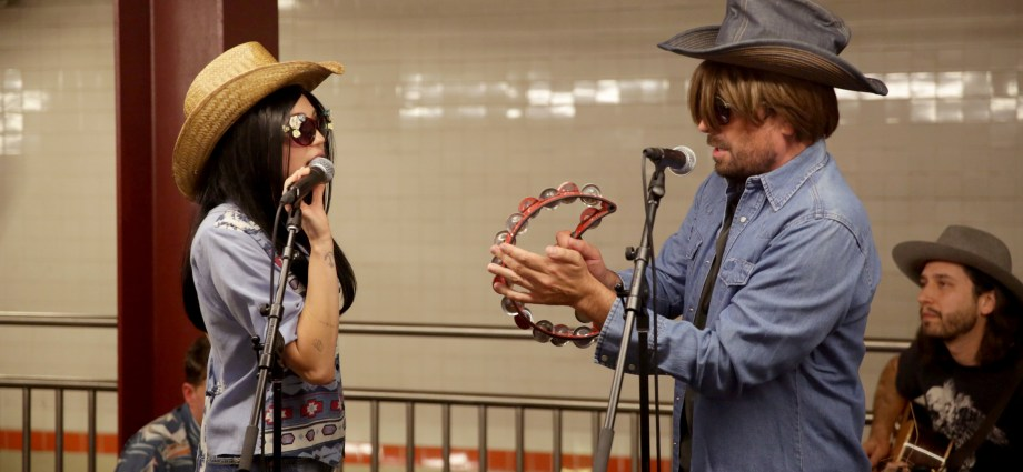 Miley Cyrus and Jimmy Fallon Go Undercover in NYC Subway, Perform for Commuters