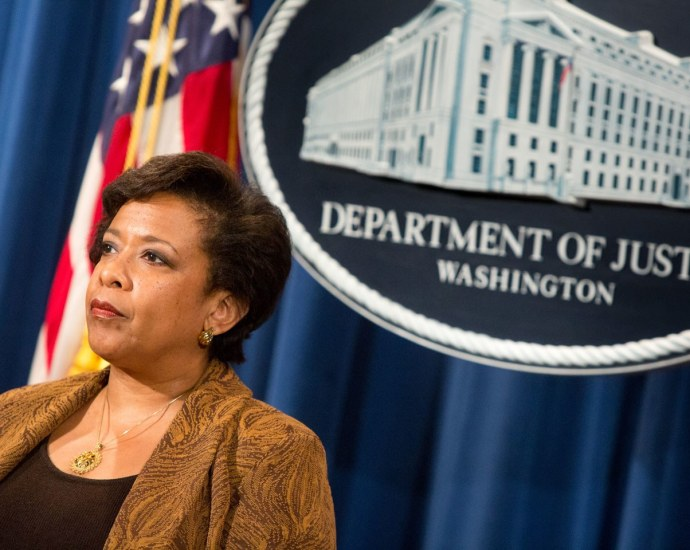 James Comey; Loretta Lynch Pressured Me To Downplay Clinton Investigation
