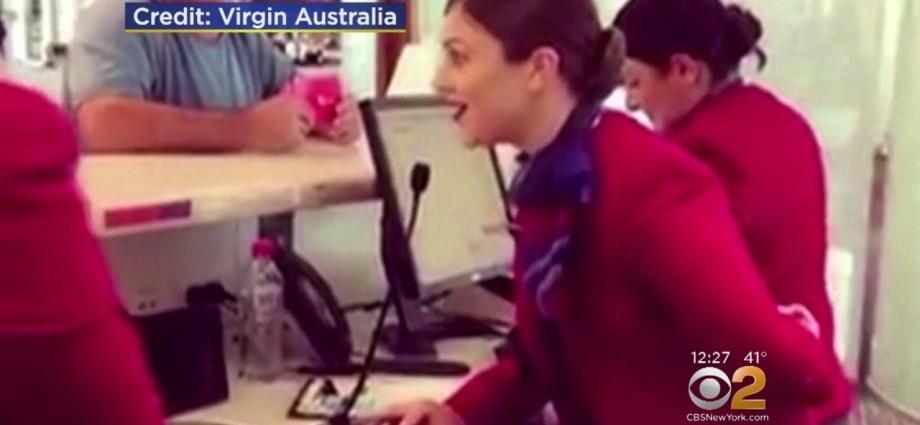 Virgin Australia Flight Attendant Merry Christmas Carol