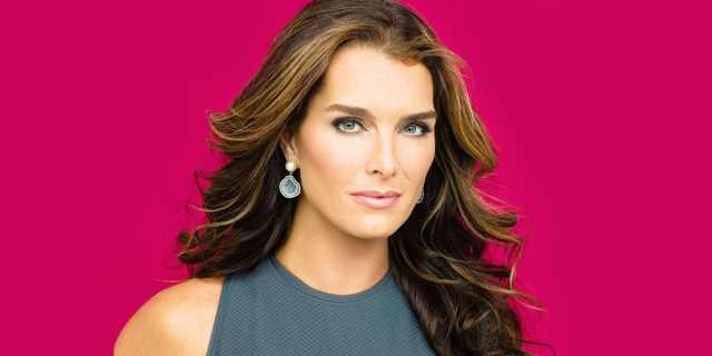 Brooke Shields Shows Off Hot Bod at 52 ROCKING A BIKINI