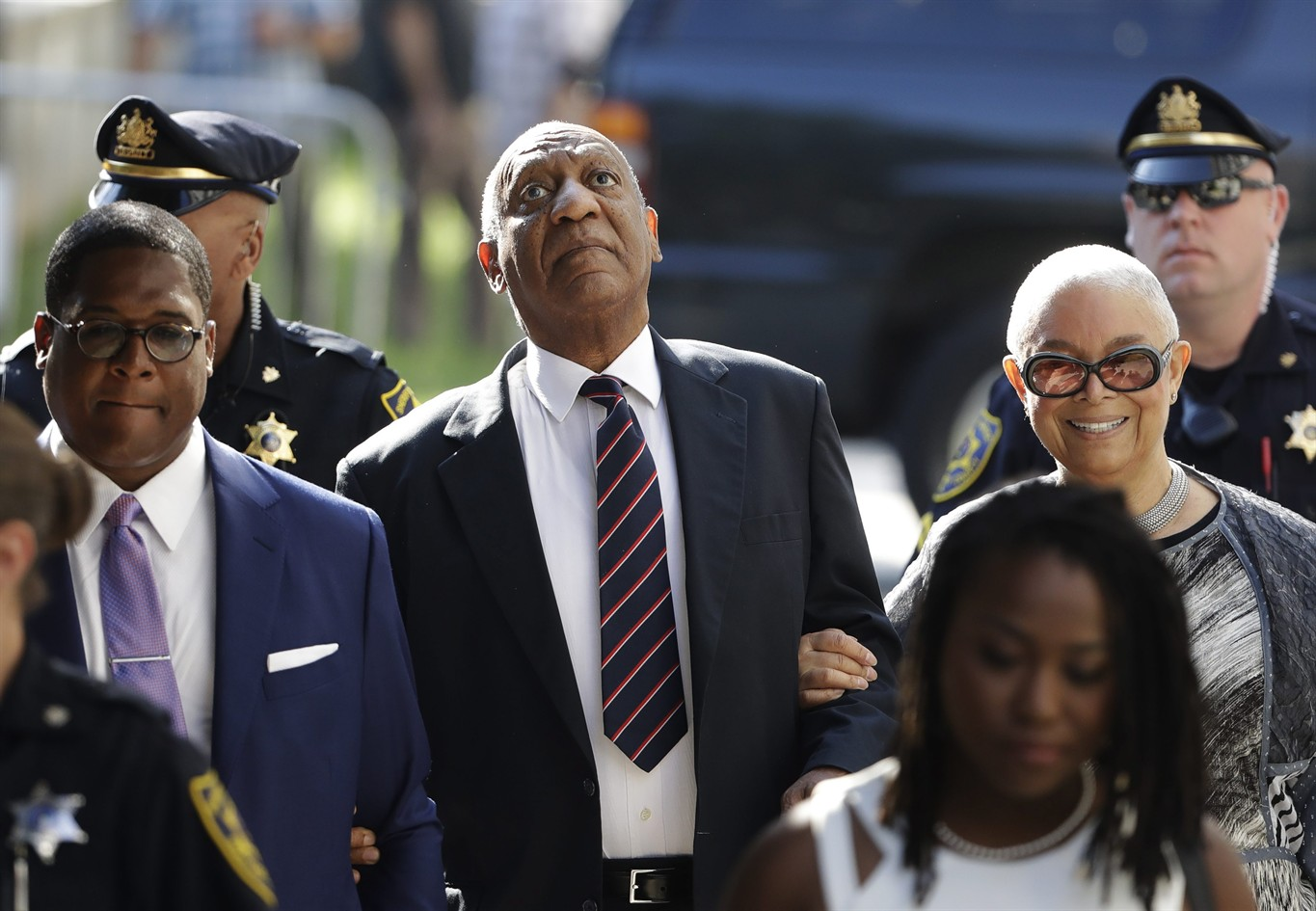 Bill Cosby Returns to Court for Last Pre-Trial Hearing; Cosby's Lawyers ask Judge to Toss Charges