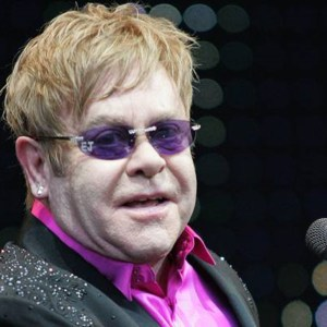 Elton John Rushes Off Stage 'YOU F*CKED IT UP'