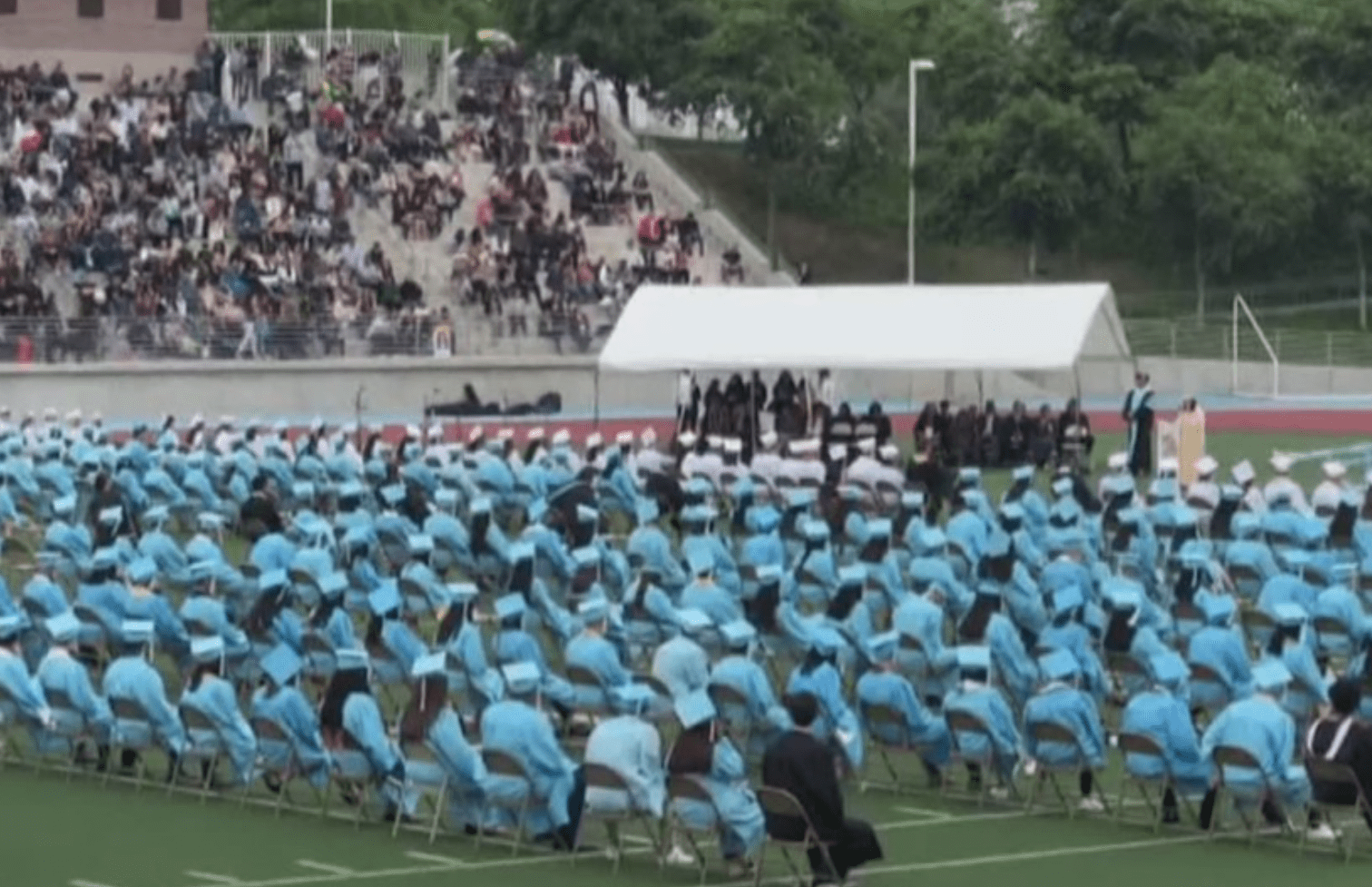 Valedictorian's Graduation Speech BLASTS 'unavailable' Staff, Intoxicated Teacher and Inapt Administrators