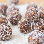 No-bake Swedish Chocolate Balls (Chokladbollar)