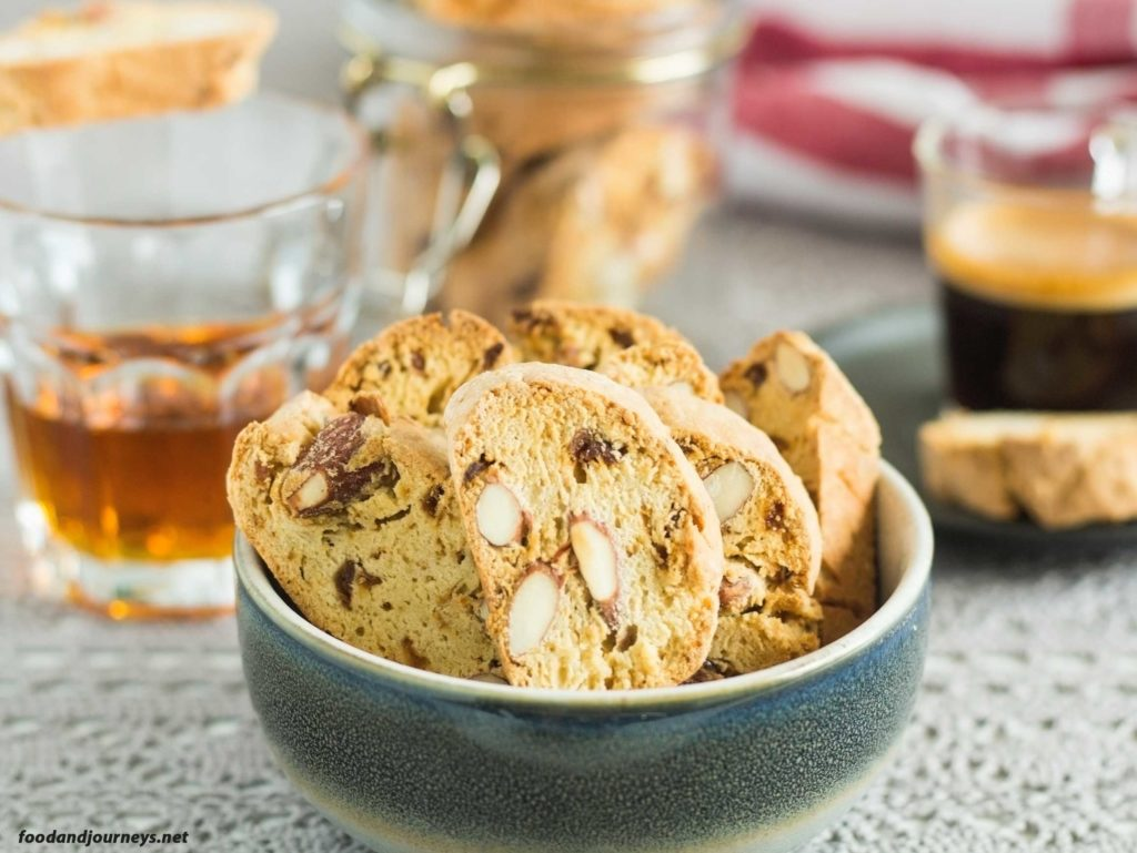 Tuscan Fig Cookies (Cantucci ai Fichi)