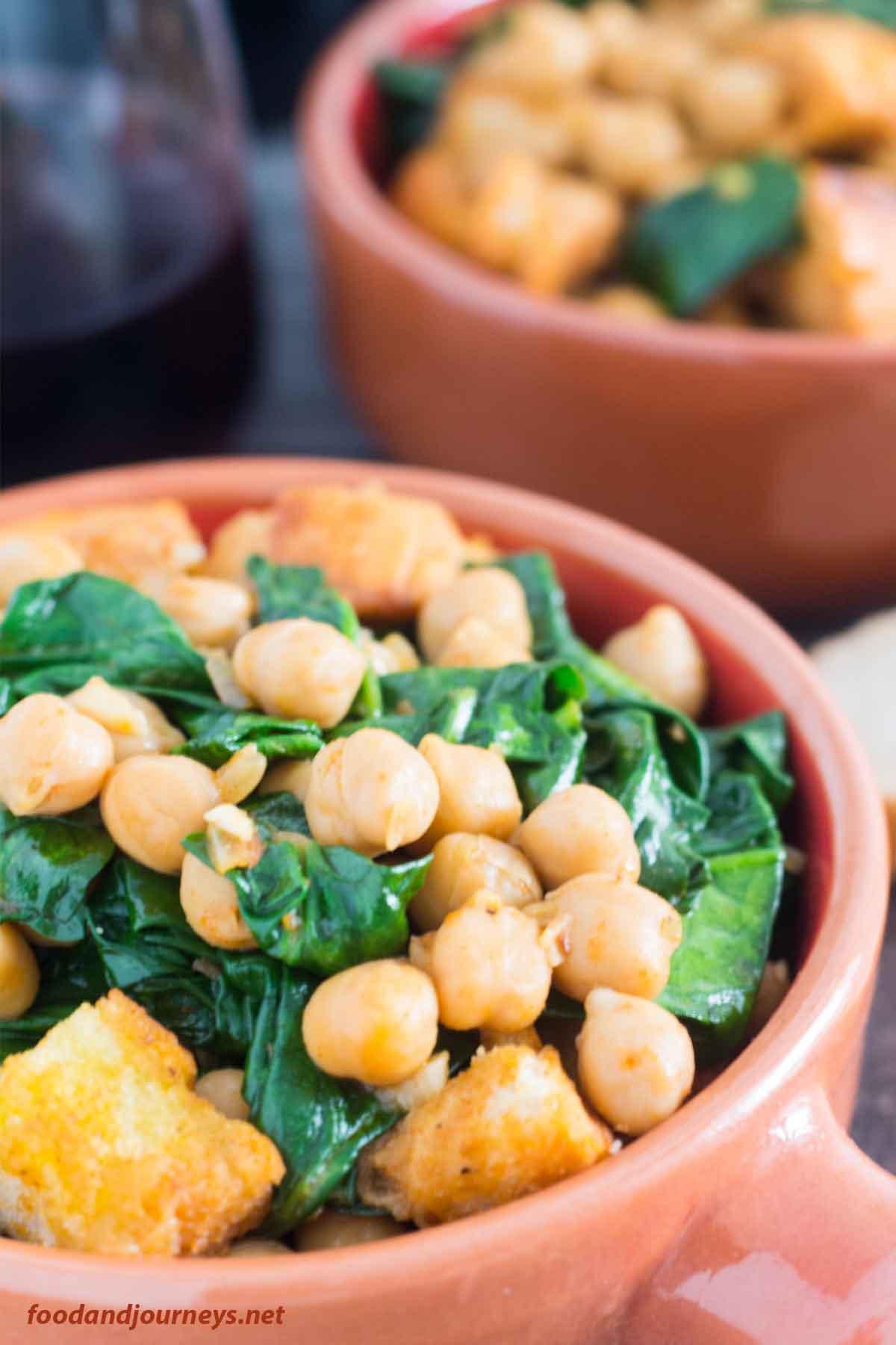 Closer shot of Spanish Spinach with Chickpeas (Espinacas con Garbanzos)|foodandjourneys.net