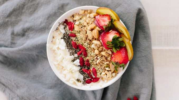 How to Build Your Own Instagram-Worthy Smoothie Bowl - Food