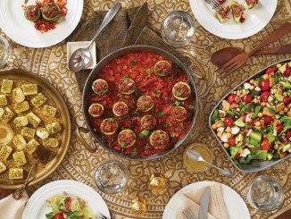 Various bowls of Syrian food.