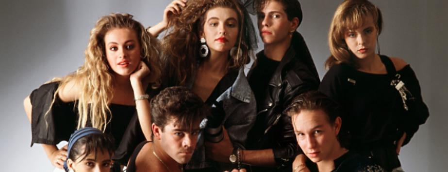 10 canciones de los 80's que todos aman pero lo niegan