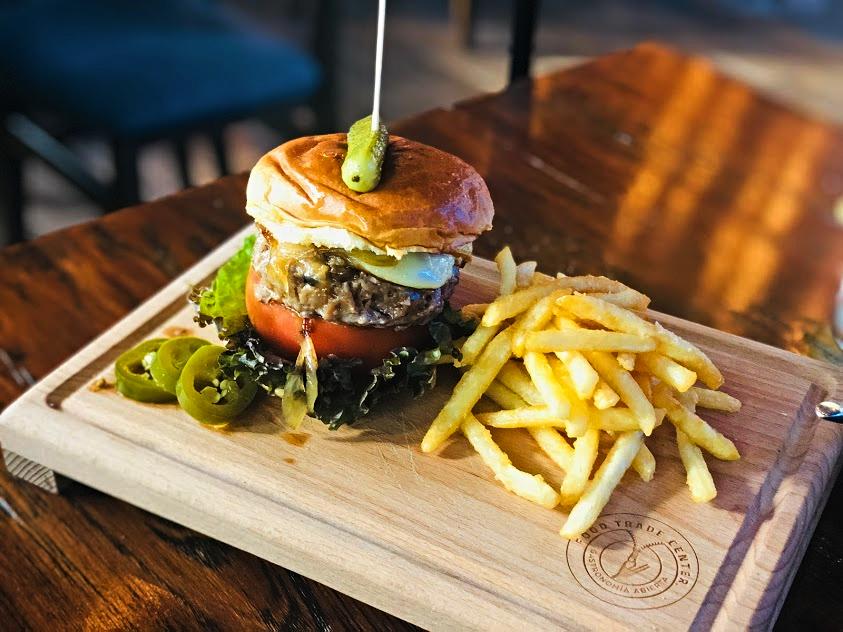 Las 10 hamburguesas más jugosas y suculentas de la CDMX