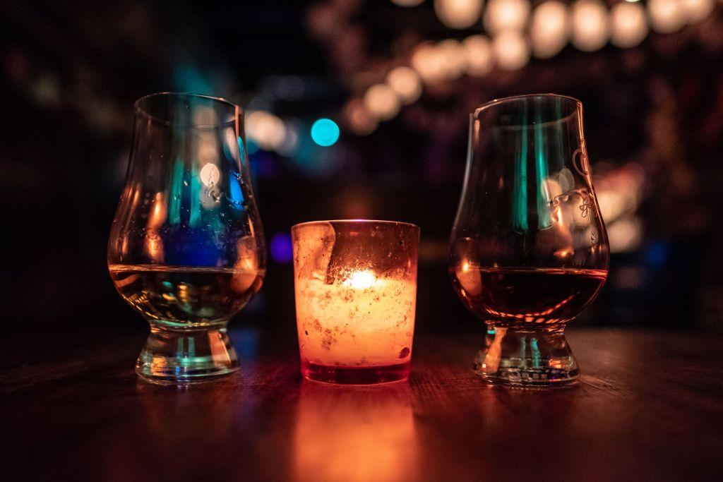 8 restaurantes en la CDMX para fanáticos del whisky, la comida de excelencia y los entornos selectos