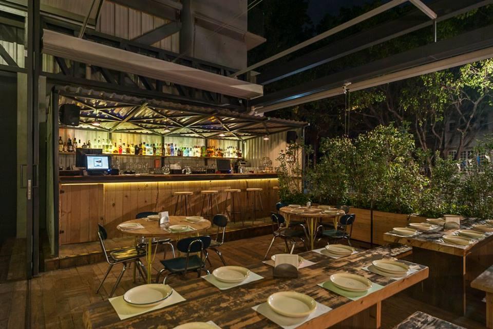 11 restaurantes en la CDMX para tomar una 'cervecita' y cenar riquísimo (muchos de ellos con terraza)