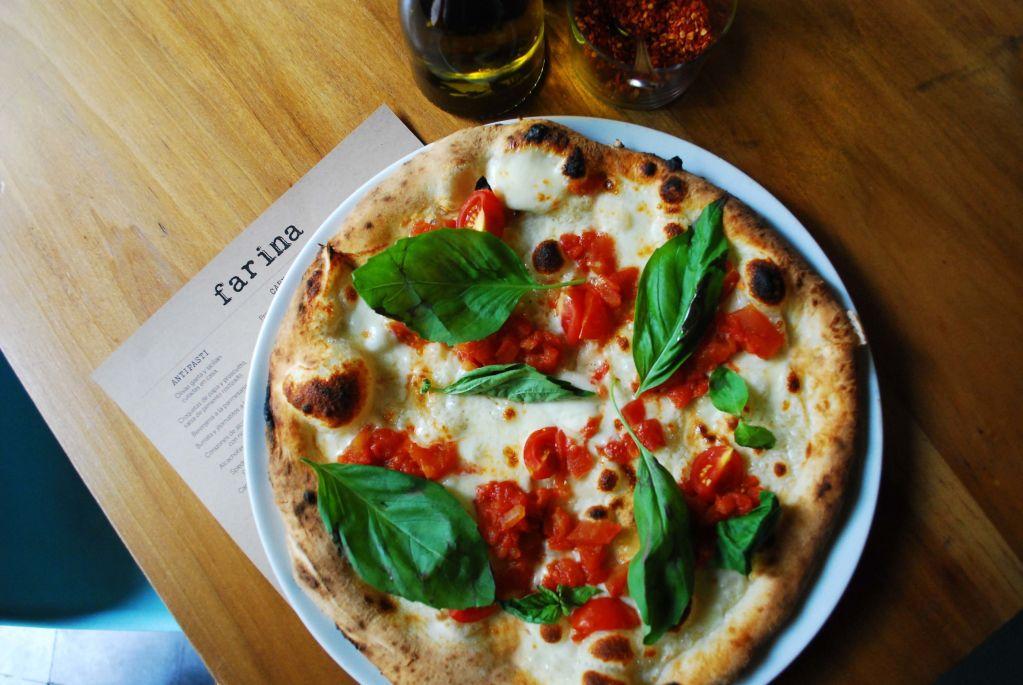 Farina Roma, el (acogedor) restaurante italiano para disfrutar de una pizza recién salida del horno