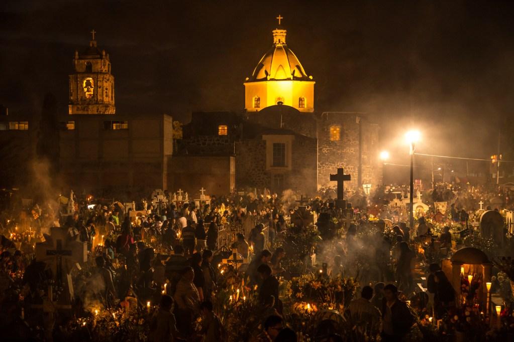 5 pueblitos en México para disfrutar la tradición de Día de Muertos como nunca antes