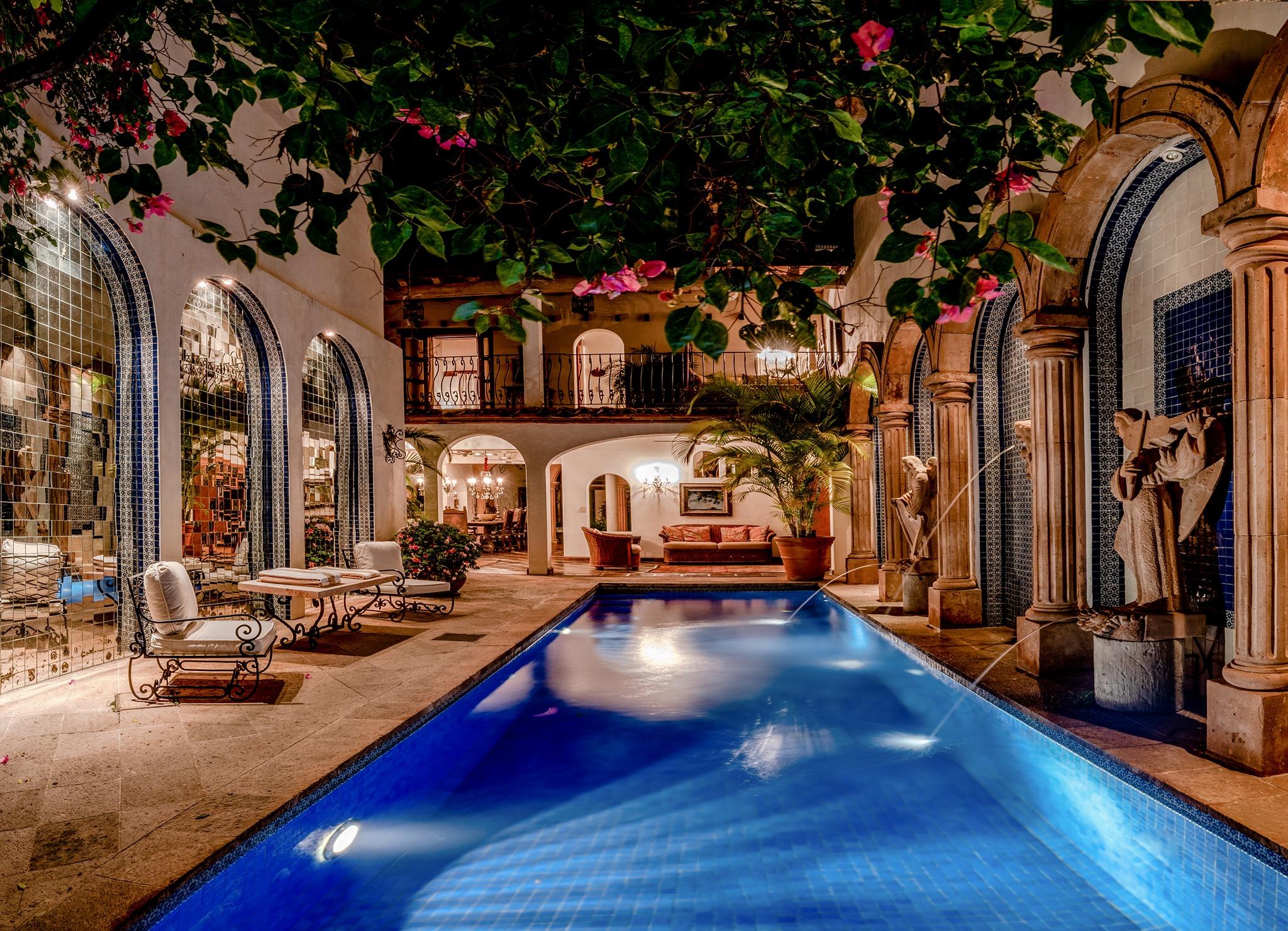 Los 5 hoteles más románticos de Puerto Vallarta (perfectos para vacacionar en pareja)