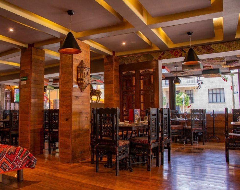 tandoor-restaurante-lugar