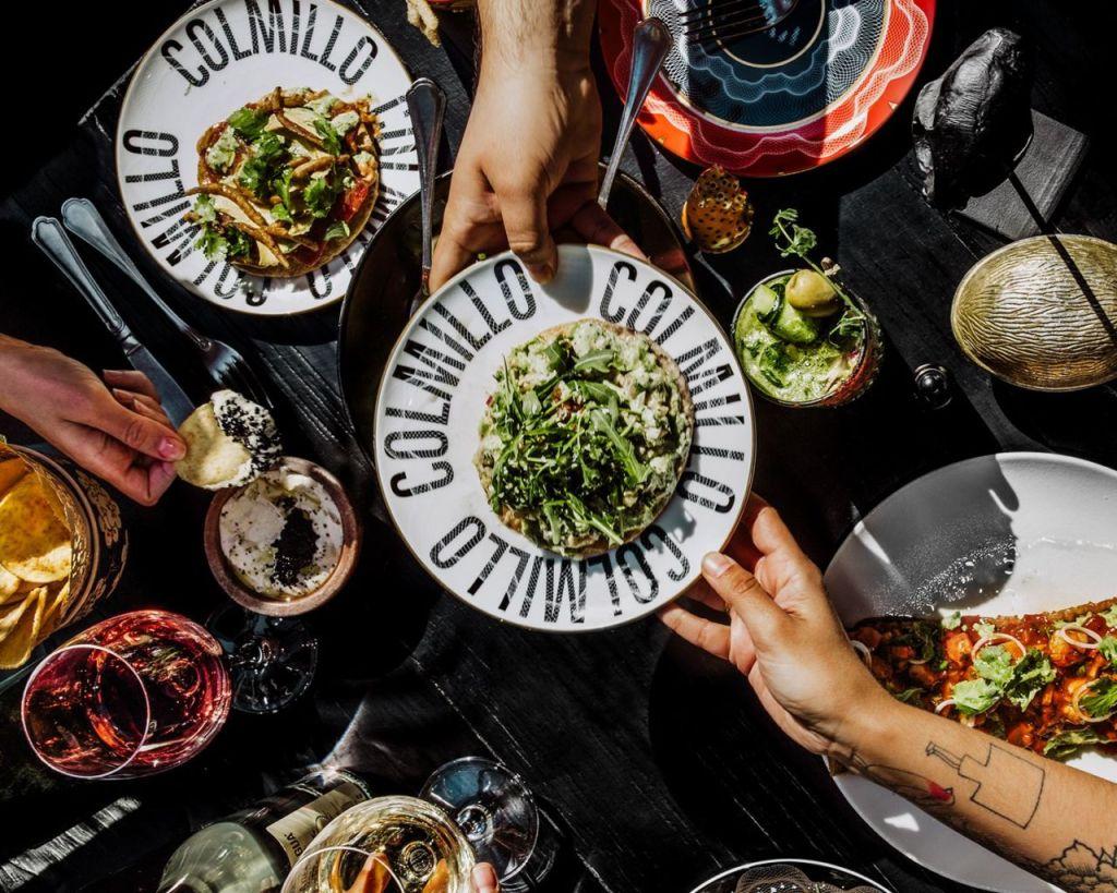 Colmillo Masaryk: El lujo de la comida callejera del norte de México dentro de un espacio muy 'trendy'