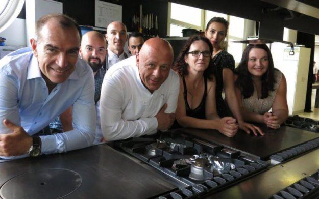 """Amazon soutient """"Cuisine Mode d'Emploi (s) """" Ecoles de Formations signées Thierry marx"""